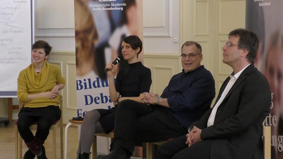 Podium mit Anke Lauke, Tina Bär, Uller Gscheidel und Thomas Oppermann (v.l.)