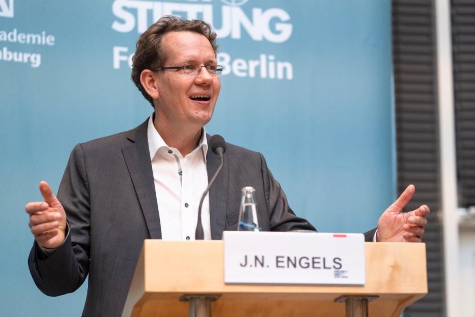 Jan Niklas Engels