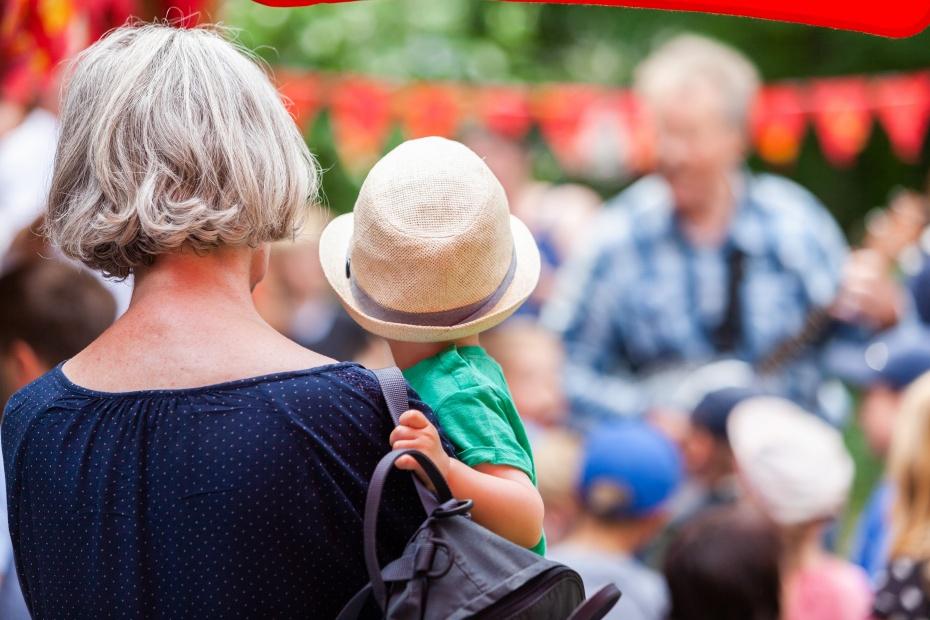 Alt und Jung zusammenbringen ist ein Teil unserer Arbeit in den Sozialräumen Berlins