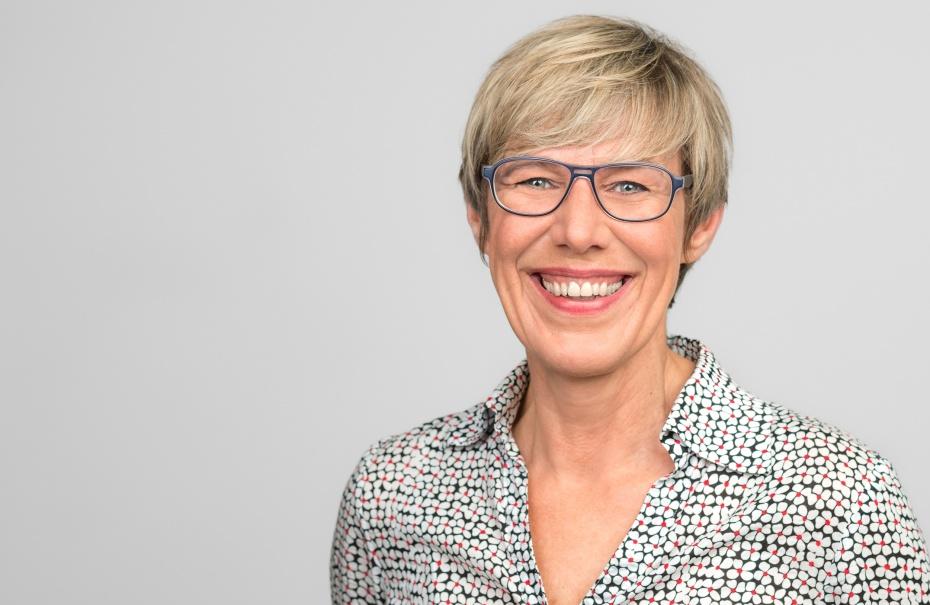 Elke Rasche leitet die Zentralstelle Patientenverfügung im Humanistischen Verband Berlin-Brandenburg | Foto: Die Hoffotografen GmbH