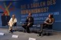 Podium mit Horst Junginger und Tatjana Schnell, Moderation Ralf Schöppner