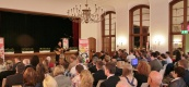 ein gut gefüllter Saal zur Jugndfeier in Wuppertal