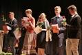 Der große Augenblick, Urkunden und Rosen für die Jugendlichen