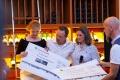 Scheckübergabe der Firmenspenden an das Berliner Herz