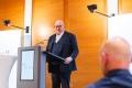 Verlesung der Jurybegründung durch RA Markus Frank von Gentz und Partner Rechtsanwälte mbB