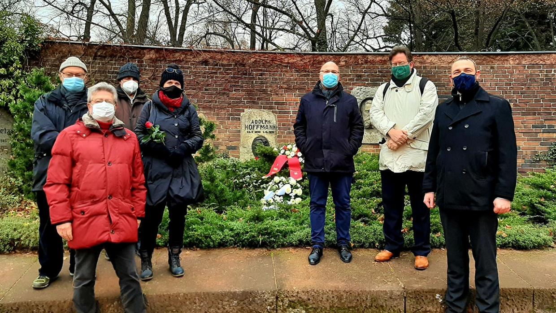 Gedenken an Adolph Hoffmann / Zentralfriedhof Friedrichsfelde