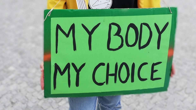 Aktivistin beim Aktionstag am 26. Januar 2019, bei dem bundesweit für die ersatzlose Streichung von § 219a demonstriert wurde.