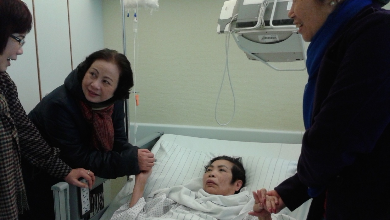 Unser interkultureller Hospizdienst Dong Ban Ja wird von zahlreichen Ehrenamtlichen unterstützt